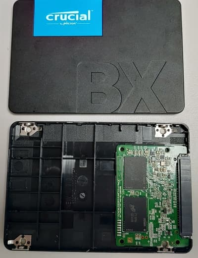 04 BX500溫度飆高的原因! 拆解美光Crucial 240GB SSD 400x521