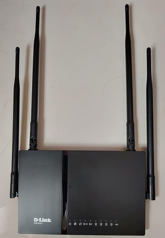 03_ 802.11ac Router D-Link DIR-825+ 天線