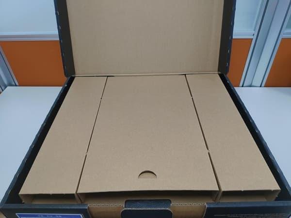 08 Lenovo Y530 開箱 打開外箱