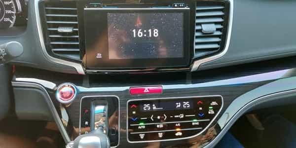27 HondaOdyssey 車機螢幕-1 600x300